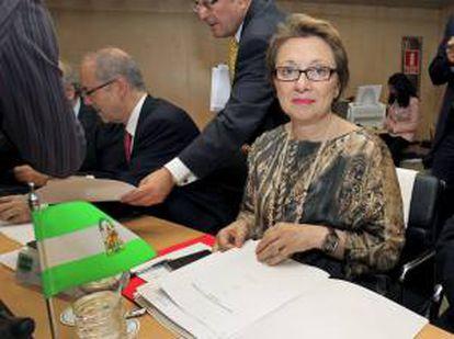La consejera de Hacienda y Administración Pública de la Junta de Andalucía, Carmen Martínez Aguayo, al inicio de la reunión del Consejo de Política Fiscal y Financiera, hoy en Madrid.