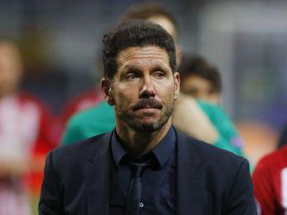 Las dudas del mister agravan el desasosiego de la derrota contra el Madrid. Le conminamos a sujetarse en su noción providencial