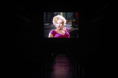 Marylin Monroe, durante la proyección de Niagara, en la sala 1 de los Cines Doré.