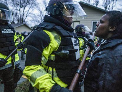 Las protestas en EE UU por la muerte de Daunte Wright a manos de la policía, en imágenes