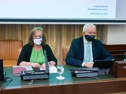 La presidenta de la Airef, Cristina Herrero, este martes en la Comisión de Hacienda del Congreso.