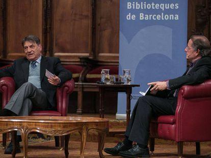 Claudio Magris (izquierda), ayer, durante la conversación con Josep Ramoneda.