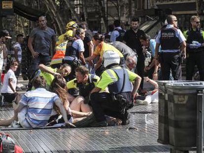 Una explosión en Alcanar, donde la célula preparaba un artefacto, precipitó el atentado en Barcelona y el que se produjo horas después en Cambrils