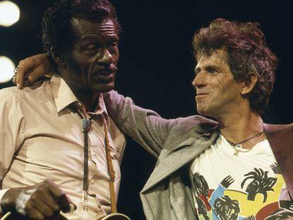 Vídeo de la interpretación de 'Oh Carol', donde Chuck Berry corrige a Keith Richards.