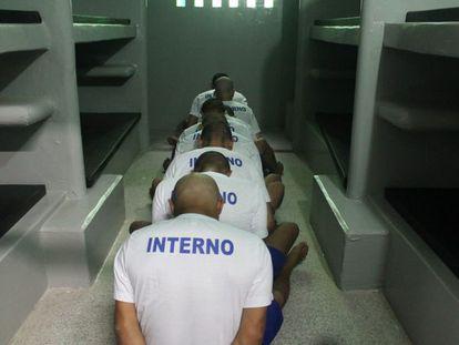 Un grupo de reclusos en la Cárcel Pública de Altos, en el estado brasileño de Piauí.