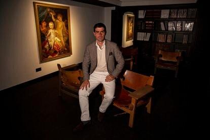 Jorge Coll, en la sala de antigüedades Colnaghi, en Madrid, este miércoles.
