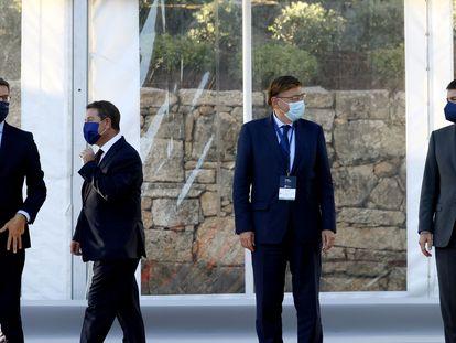 Los presidentes autonómicos Alberto Núñez Feijóo, Emiliano García Page, Ximo Puig y Alfonso Fernández Mañueco, este jueves en el Foro La Toja Vínculo Atlántico de A Toxa (Pontevedra).
