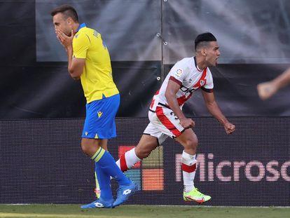 Radamel Falcao celebra el segundo gol del Rayo ante el Cádiz
