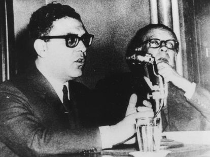 Antonio Di Benedetto y Jorge Luis Borges, en 1958.