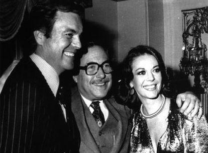Wagner y Wood, con el escritor Tennessee Williams (centro), en 1976.