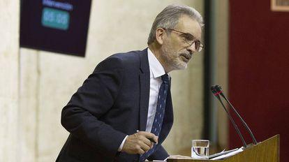 Aquilino Alonso, en el debate sobre sanidad en el Parlamento andaluz.