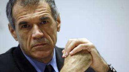 El director del departamento de Asuntos Fiscales del Fondo Monetario Intenacional (FMI), el italiano Carlo Cottarelli. EFE/Archivo
