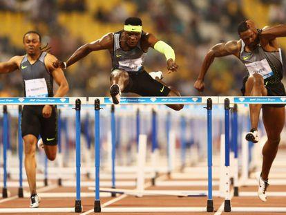 Merrit, McLeod y Oliver, de izquierda a derecha, en los 110m vallas de Doha.