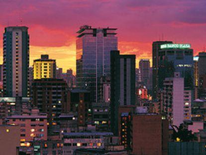 Panorámica de un área de rascacielos de Caracas.