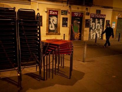 Bares cerrados en la Barceloneta, el pasado mes de octubre.