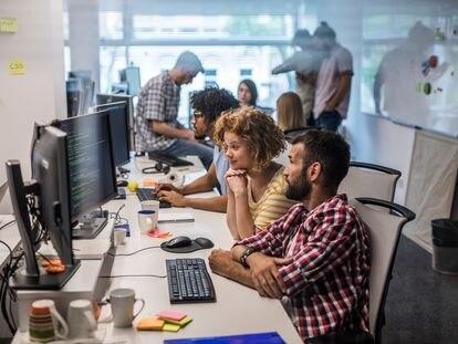La nueva tendencia laboral es habitual entre los menores de 34 años.