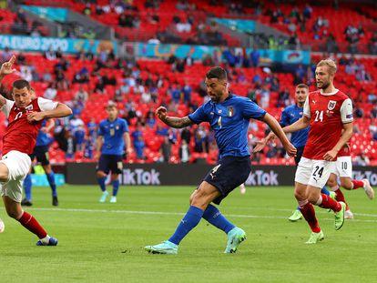 Spinazzola pone un centro en el encuentro ante Austria.