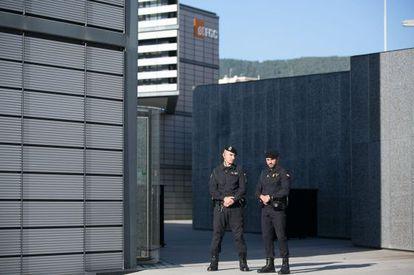 La Guardia Civil registra la sede de Infraestructuras.