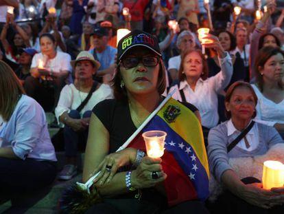 Manifestación de opositores a Nicolás Maduro este domingo en Caracas.