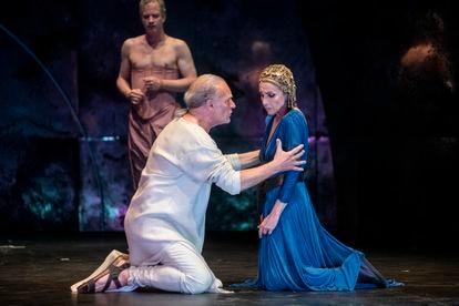 Lluís Homar y Ana Belén interpretan 'Antonio y Cleopatra', de William Shakespeare, en el Festival de Teatro Clásico de Mérida.