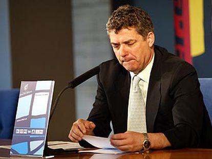 Ángel María Villar, presidente de la Federación Española de Fútbol, en una conferencia de prensa.