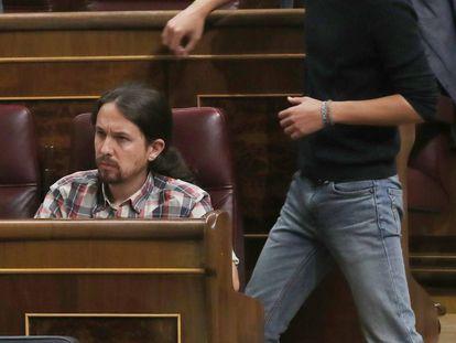 Pablo Iglesias e Íñigo Errejón, este martes en el Congreso.