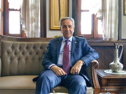 El expresidente del Parlamento turco y exviceprimer ministro Bülent Arinç durante la entrevista con El País en Ankara el pasado mayo.