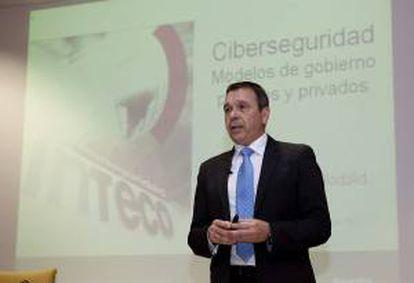 """El director general del Inteco, Miguel Rego, pronuncia una conferencia sobre """"Modelos de Gobierno Públicos y Privados de Ciberseguridad"""", esta tarde en el Campus Miguel Delibes de Valladolid."""