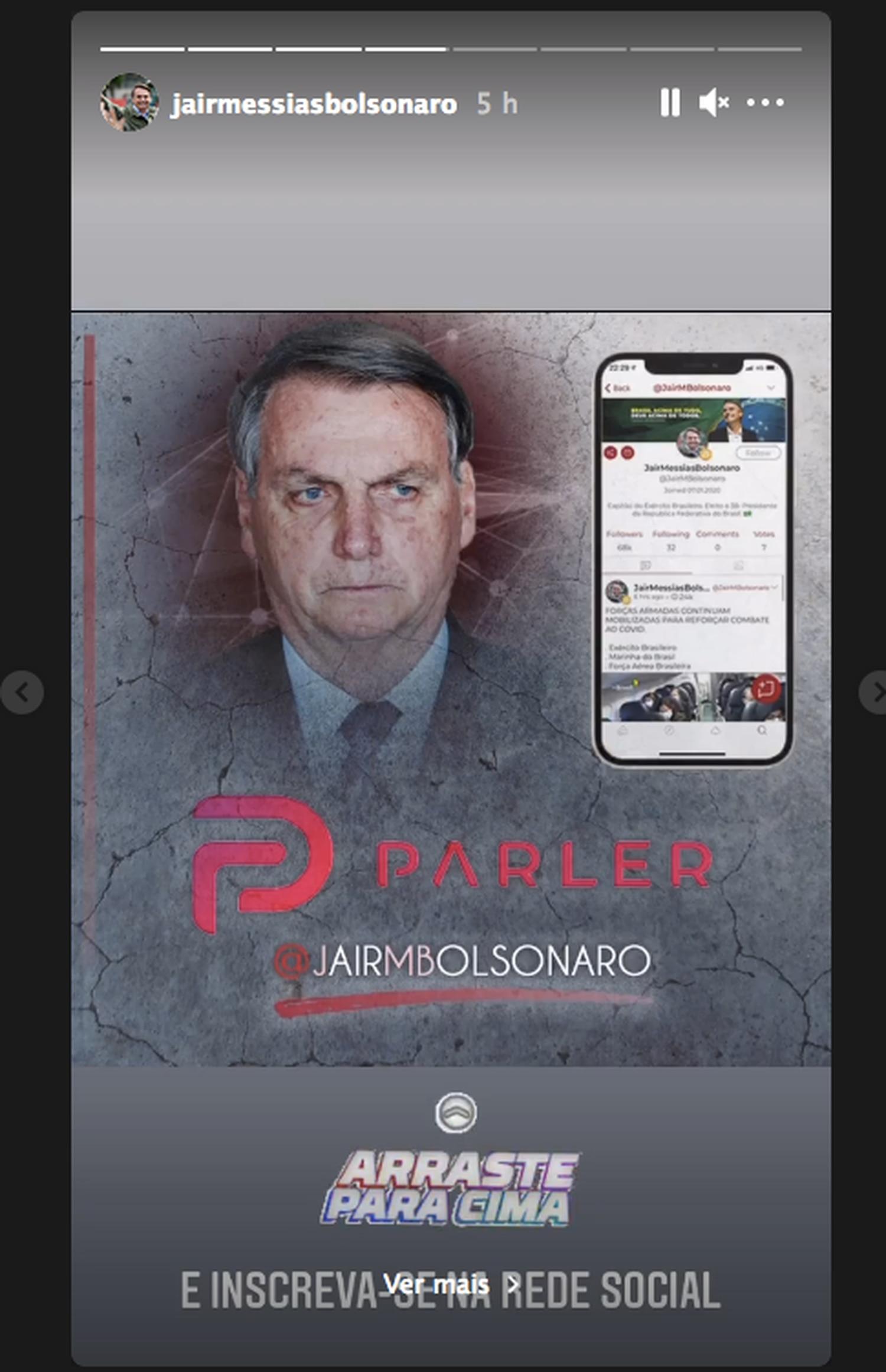 Bolsonaro invita a seguirlo en Parler, la red social que se ha convertido en un refugio para los seguidores de Trump.