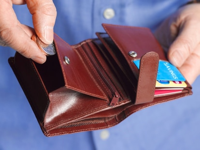 Guarda tu dinero de forma segura, rápida y organizada con una de estas carteras. GETTY IMAGES.