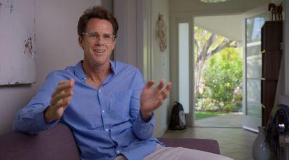 Aaron James, autor del ensayo filosófico en el que se basa el documental.