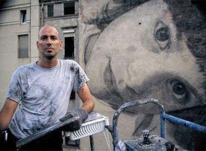 El artista cubano-neoyorquino Jorge Rodríguez Gerada ha plasmado en paredes de edificios de todo el mundo sus gigantescas creaciones.