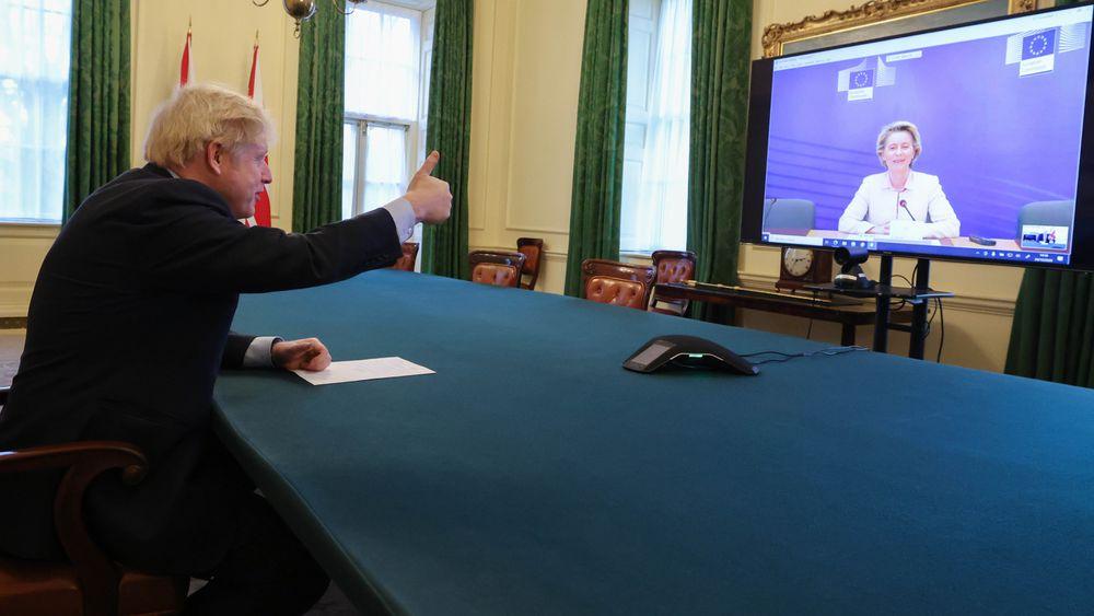 La UE y el Reino Unido salvan el abismo de un Brexit duro con un acuerdo comercial de última hora