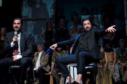 El bailarín Rafael Amargo, acompañado por su abogado, Cándido Conde Pumpido.