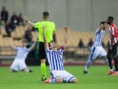 Oyarzabal celebra la victoria de la Real en la final de la Copa del Rey disputada el pasado sábado.