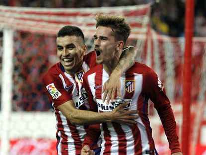 Correa felicita a Griezmann por el gol