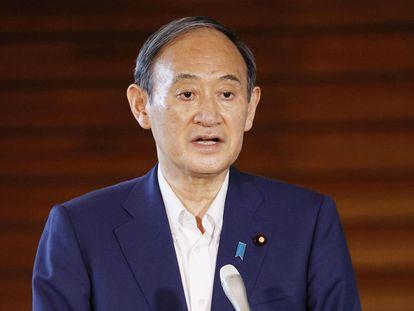 JEl primer ministro japonés, Yoshihide Suga, anuncia a los medios que se retira de las elecciones al liderazgo de su partido