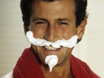 Si echa de menos la barba, siempre puede hacer lo mismo que de pequeño: jugar frente al espejo.