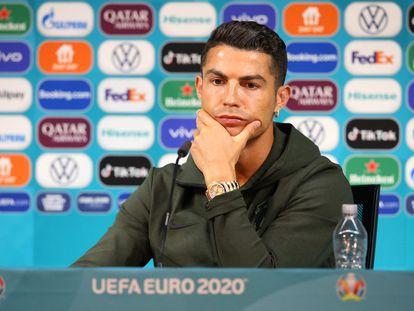 Cristiano Ronaldo, este lunes en Budapest durante la rueda de prensa previa al primer partido de Portugal en la Eurocopa.