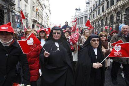 Un grupo de manifestantes en la marcha de Madrid contra el aborto.