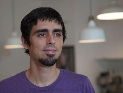 Pau Rodríguez, en una imagen reciente en su casa de Montreal.