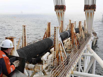 Imagen de archivo de la construcción del Nord Stream 2 en el mar Báltico.