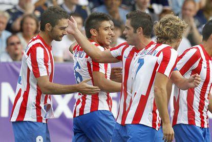 Adrián celebra uno de los tantos del Atlético de Madrid.