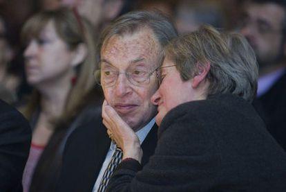 El alzhéimer de Jordi Solé Tura fue reflejado por su hijo Albert Solé en Bucarest, la memoria perdida.