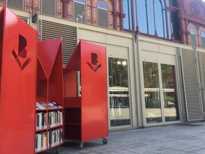 Una de las librería móviles que instalará el Ayuntamiento de Barcelona para fomentar la lectura.