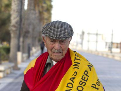El brigadista Josep Almudéver, en Valencia, en una imagen de 2013.