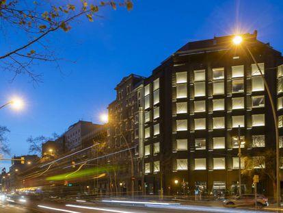 El hotel Almanac, en la Gran Vía de Barcelona, uno de los últimos en abrir tras la entrada en vigor del PEUAC.