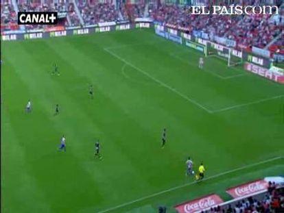 "El equipo gijonés sorprende con un furioso arranque a un inocente Granada. <strong><a href=""http://www.elpais.com/buscar/liga-bbva/videos"">Vídeos de la Liga BBVA</a></strong>"