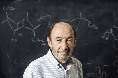 Rubalcaba, en la facultad de Química de la Universidad Complutense de Madrid.