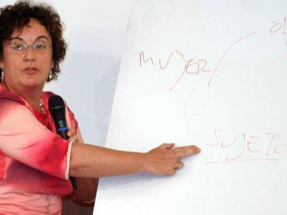María Luisa Balaguer, durante unas jornadas sobre la mujer en el Parlamento andaluz.